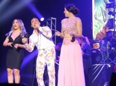 Cristian Castro  cautiva a los dominicanos con su solida actuación  en el Teatro United Palace de New York.